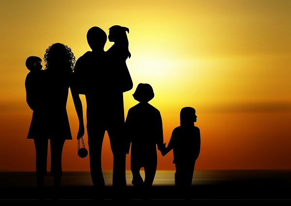 rodzicielstwo pełną parą, czyli jak nie dać się zwariować